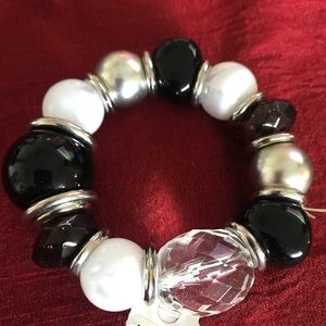 BRAND NEW!!!!  Beautiful bracelet with tags